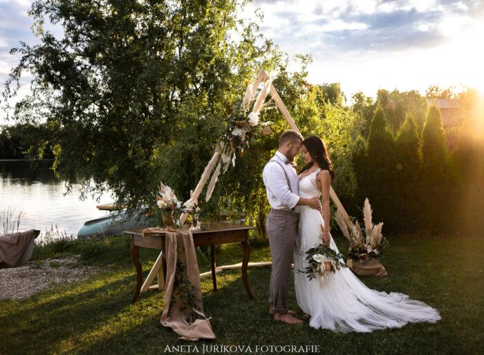 Svatební fotograf Brno - boho svatba