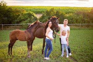 Rodinná fotografie, těhotenské fotografie, rodinný fotograf, fotografování dětí